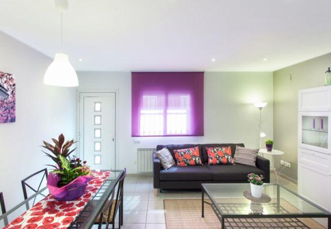 Apartamento en Blanes - VIVALIDAYS MONTSE