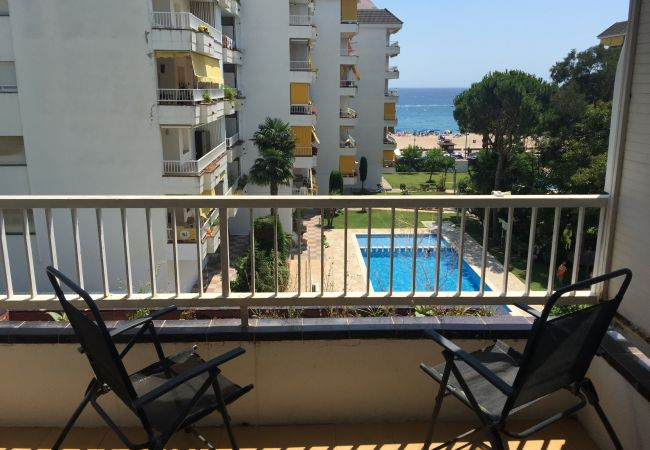 Apartamento en Lloret de Mar - VIVALIDAYS SOLFANALS II