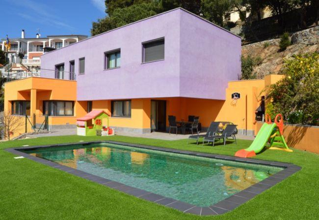Villa en Santa Susana - VIVALIDAYS VILLA LAIA