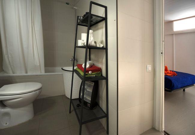 Apartamento en Lloret de Mar - VIVALIDAYS GARBI