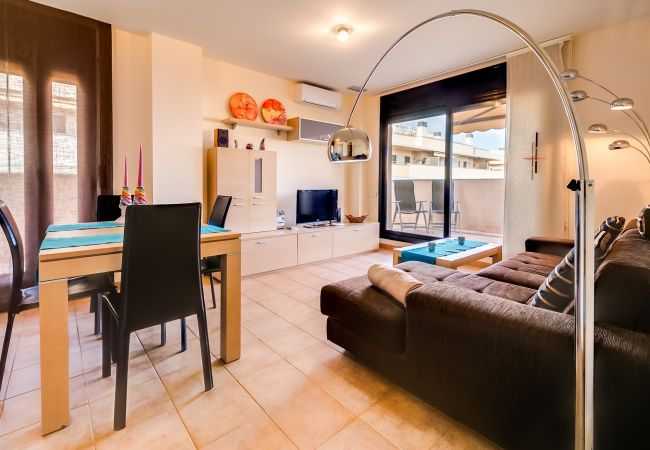 Apartamento en Lloret de Mar - VIVALIDAYS ANA