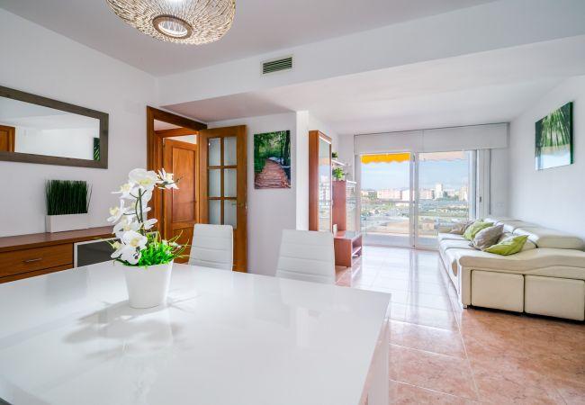 Apartamento en Malgrat de Mar - VIVALIDAYS ANIMAFEST